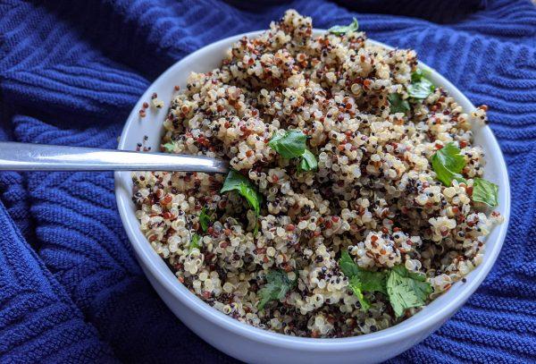 instant pot quinoa in bowl
