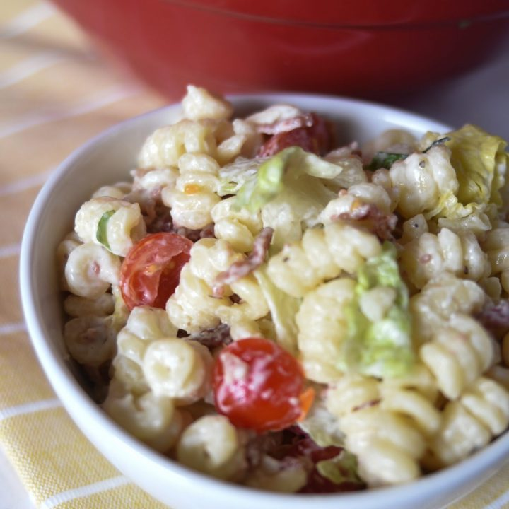 5 Ingredient BLT Pasta Salad