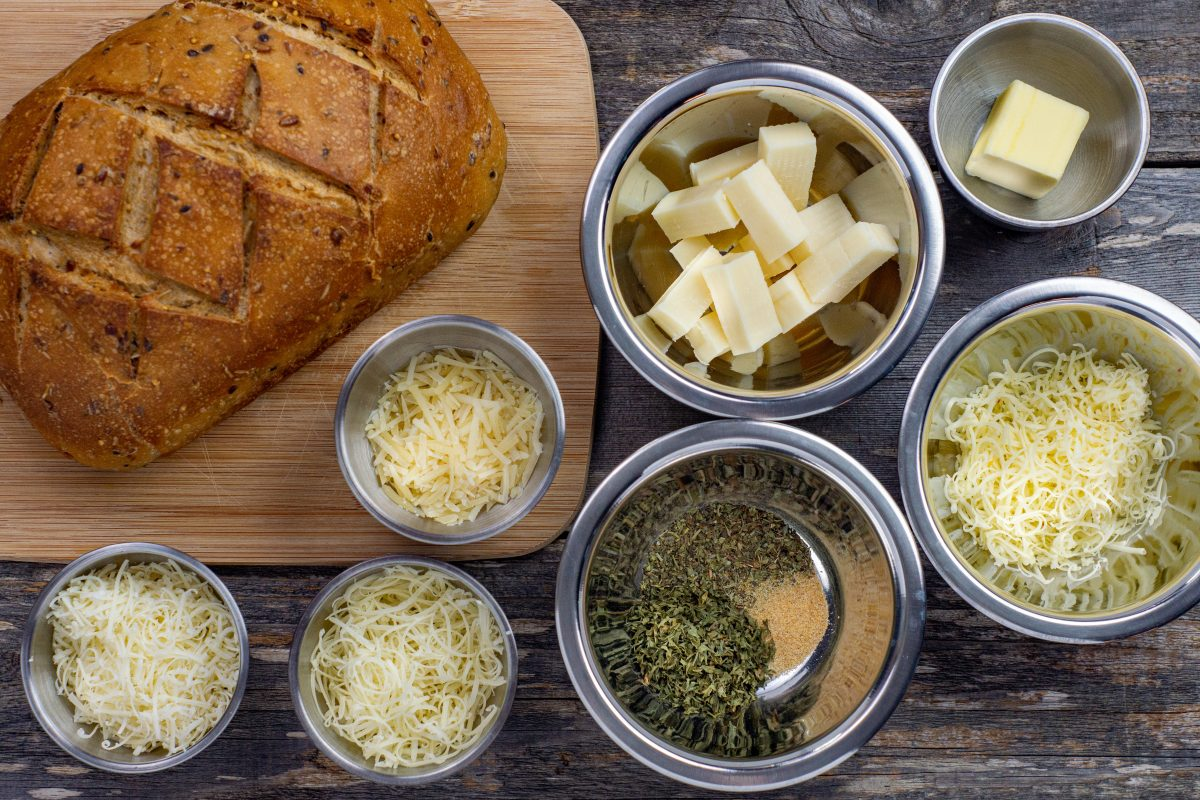 cheesy pull apart bread ingredients