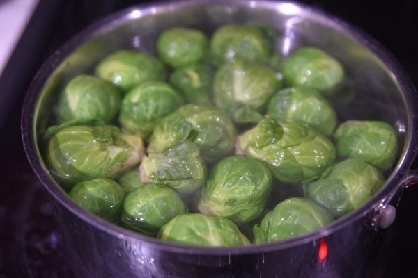 blanching brussel sprouts